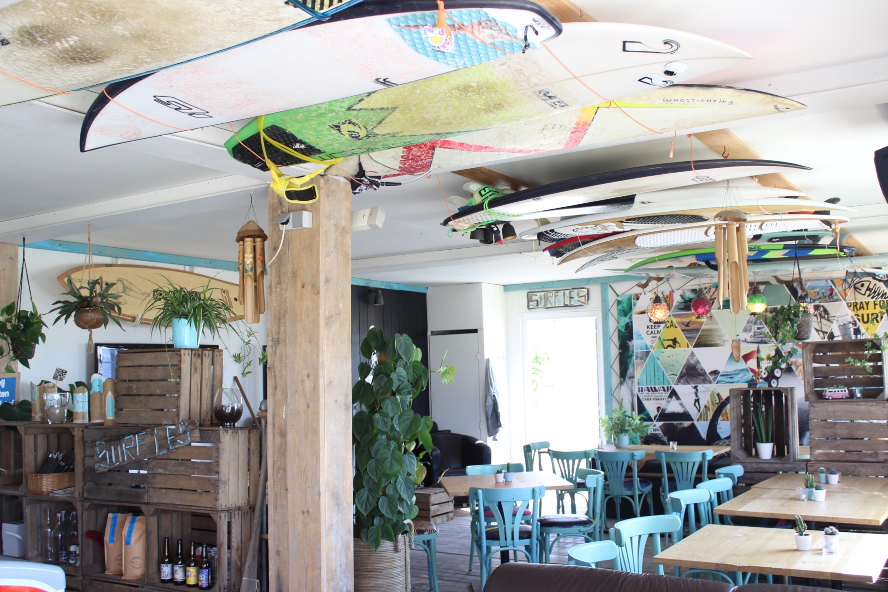 Surfcafe BeachBreak Noordwijk Lunch en borrel Noordwijk